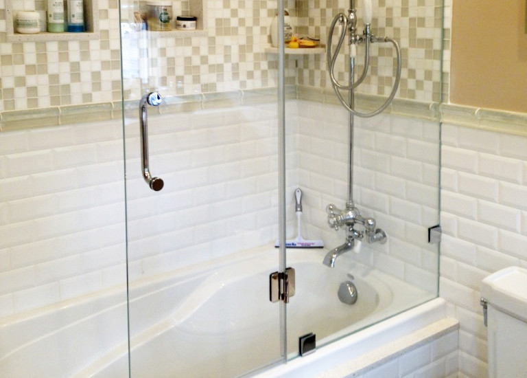 Design Your Bathroom With Glass Bathtub Doors Manalapan Nj